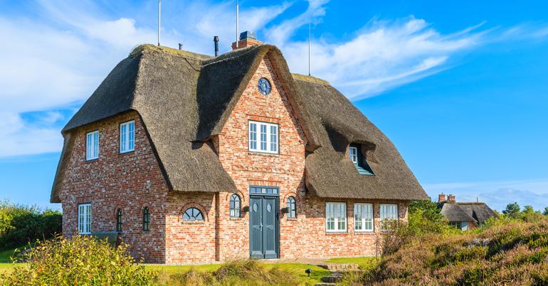 Onderhoudskosten van een rieten dak bouwtechnische keuring